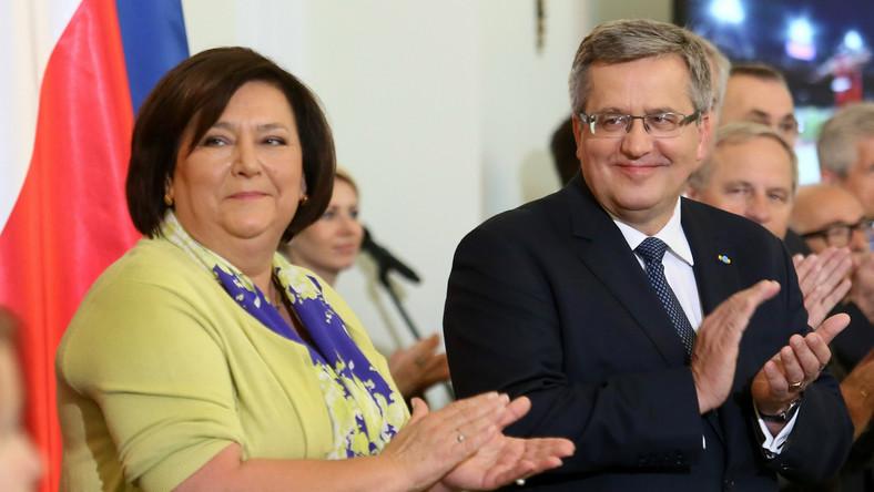 Prezydent Komorowski odznaczył ludzi mediów
