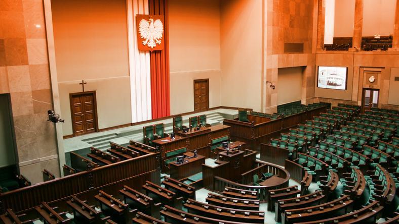 Sejm zwróci posłom pieniądze za ochronę biur