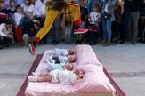 preskakanje beba