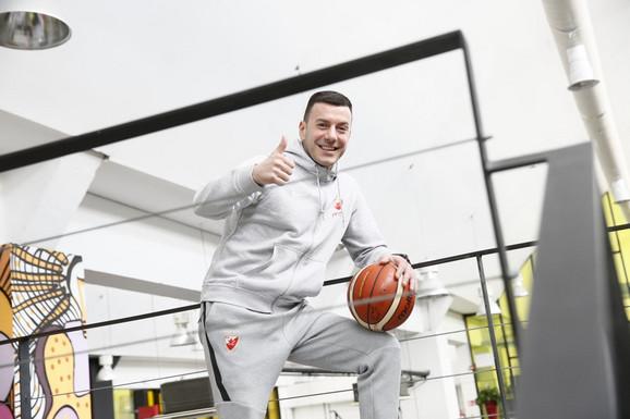 Trener juniora Crvene zvezde Bojan Đerić
