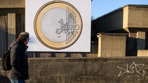 PKB w strefie euro kwartał do kwartału wzrósł o 0,4 proc.