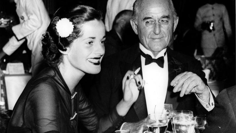 Publisher Conde Nast, right, sits with Joan Foster at the Waldorf Astoria in New York City on Dec. 4, 1936. (AP Photo)