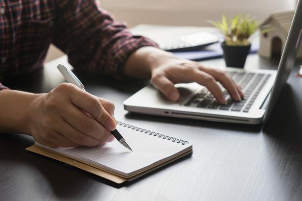 Biznesowy system operacyjny to środowisko pracy dla biznesu zawsze gotowe do działania, o każdej porze i niezależnie, w jakim miejscu jest jego użytkownik