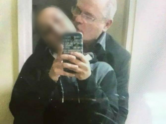 Fotografija koja je šokirala Srbiju - funkcioner ljubi maloletnicu: Kažu da nema elemenata krivičnog dela obljube, ali OVO JE ISTINA