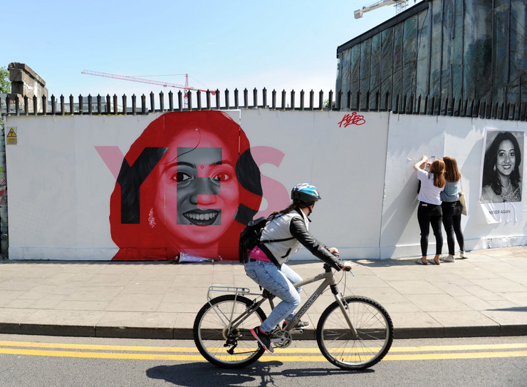 Abortus, referendum, Irska, EPA - AIDAN CRAWLEY