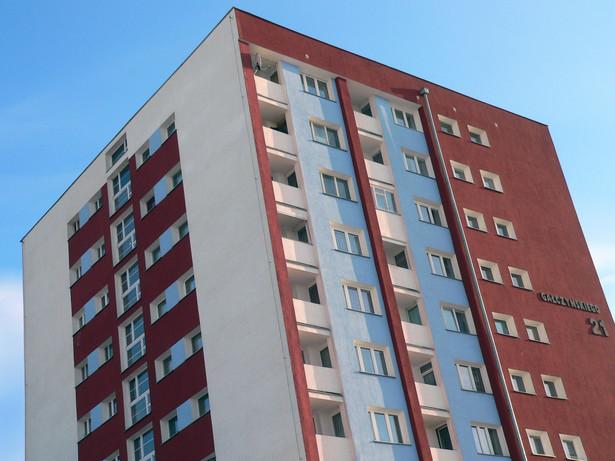 Już nie kilkaset złotych, ale kilkadziesiąt tysięcy zapłacą mieszkańcy blokowisk, którzy zechcą wykupić mieszkania spółdzielcze.