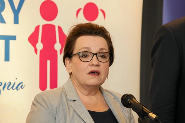 """""""Wszystko jest w porządku, dobrze jest oceniane wdrażanie kolejnych etapów reformy"""" - dodała."""