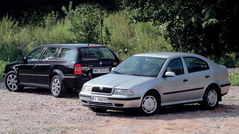 Octavia zadebiutowała jesienią 1996 r. w wersji liftback. Praktyczne kombi do oferty trafiło rok później.
