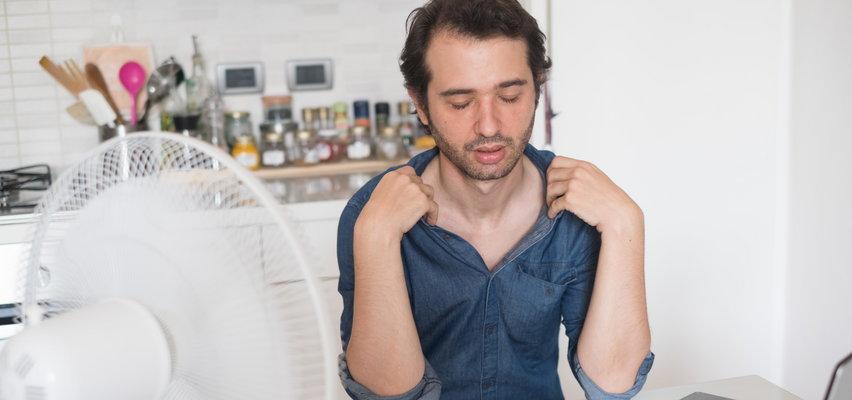 Praca podczas upałów – czy należy się dzień wolnego? Kiedy można odmówić pracy w upały? Zobacz, co mówi prawo