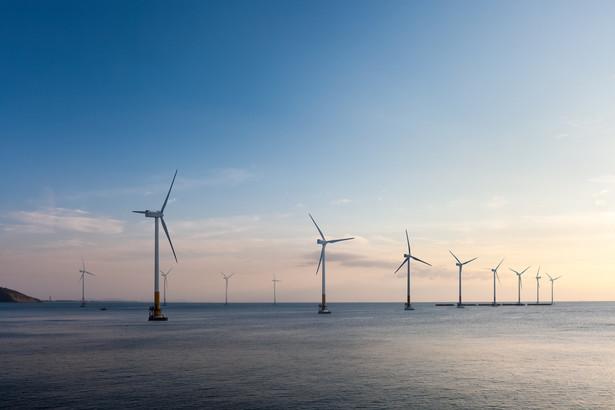 Stawianie wiatraków na morzu to szansa także dla przemysłu stoczniowego