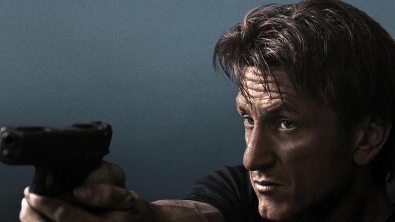 Sean Penn jako były najemnik, który musi stawić czoła byłym kumplom czyhającym na jego życie. Dużo akcji, mało sensu i bolesna pomyłka w filmografii wybitnego aktora