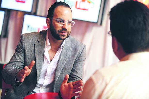 Patrick Walker, dyrektor w YouTube, odpowiedzialny za partnerstwa i pozyskiwanie profesjonalnych treści wideo w regionie Europy, Bliskiego Wschodu i Afryki (fot. mat. prasowe).