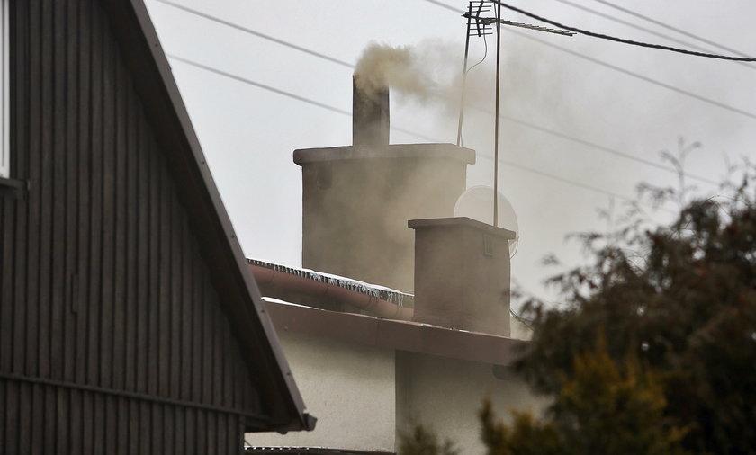 Katowice. Jak rozpoznać toskyczny dym z komina