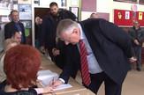izbori_seselj_glasanje_vest_blic_safe