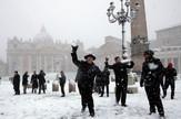 Vatikan sneg AP