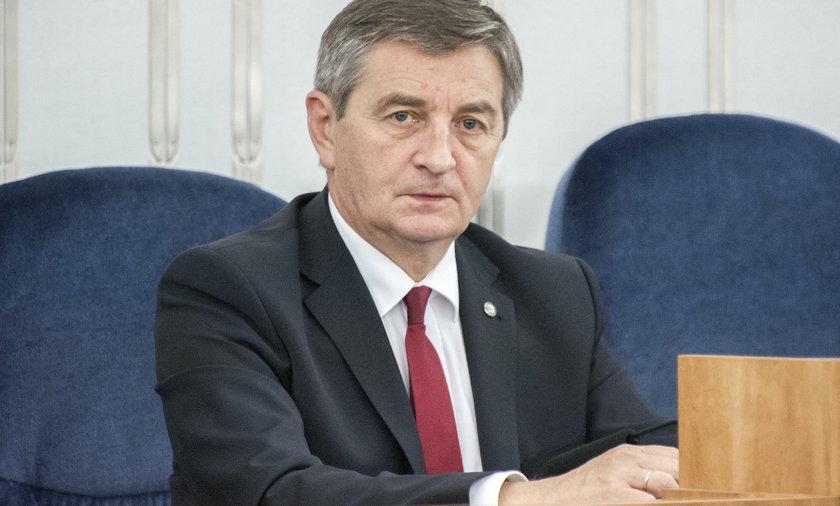 Marek Kuchciński woził rodzinę rządowym samolotem