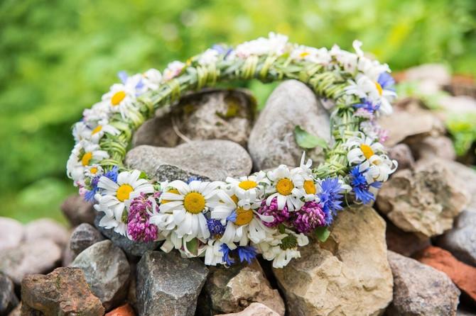 Cvetni venci za dobrobit porodice