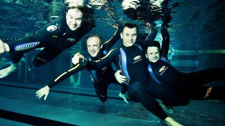 Aktorzy pod wodą