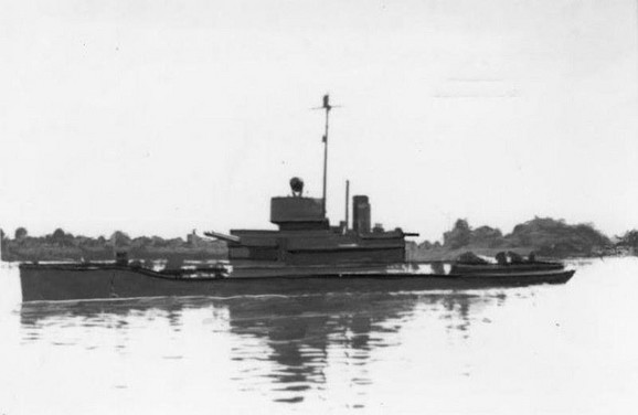 Ratni brod