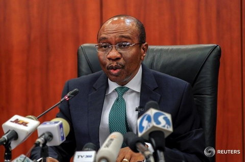 Central Bank Governor Godwin Emefiele speaks during the monthly Monetary Policy Committee meeting in Abuja, Nigeria January 26, 2016.  (Reuters)
