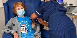 """Jako pierwsza podała szczepionkę na COVID-19. Teraz mówi straszne rzeczy! """"Byłam przerażona..."""""""