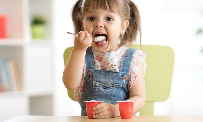 Jogurty dla dzieci zawierają ogromną ilość cukru