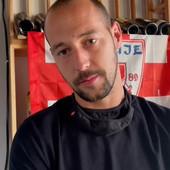 """Našli smo Milana Borjana usred Čikaga: Pogledajte kakav su mu doček """"delije"""" priredile, šta nam je ispričao i kako se latio mikrofona (VIDEO)"""
