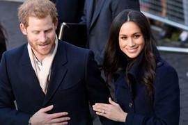 SKANDAL TRESE BRITANIJU Pojavile se fotografije buduće princeze na kojima je GOLA!