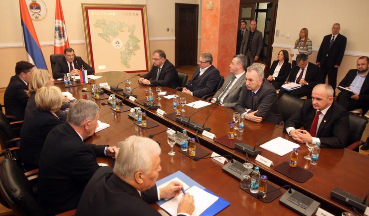sastanak stranke iz Srpska Dodik