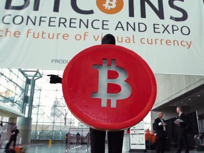 """Kadr z filmu dokumentalnego """"Banking on bitcoin"""""""