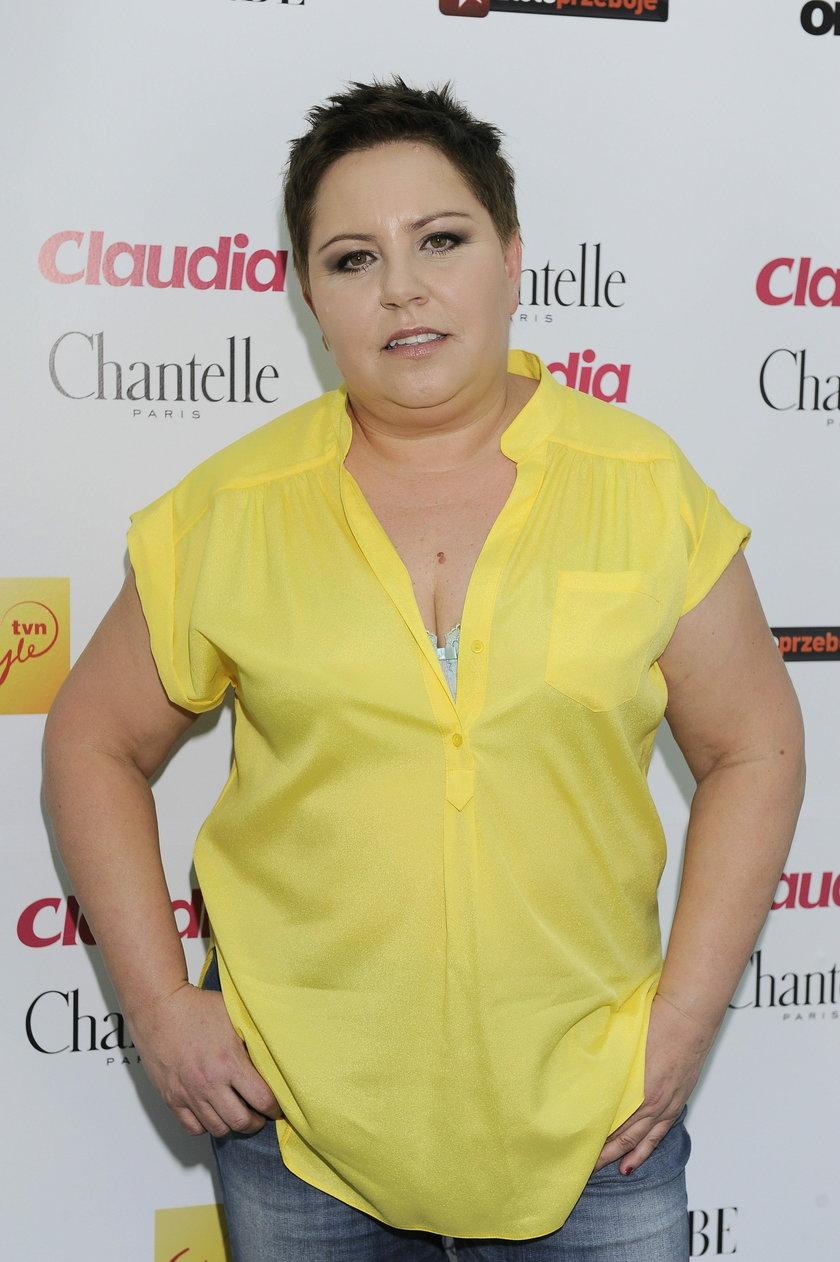 Dorota Wellman w żółtej bluzce