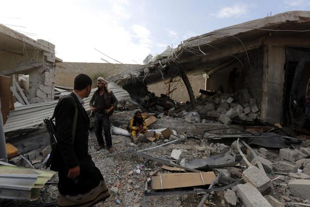 Atak samochodu pułapki jest najkrwawszym incydentem w tym największym mieście na południu Jemenu.