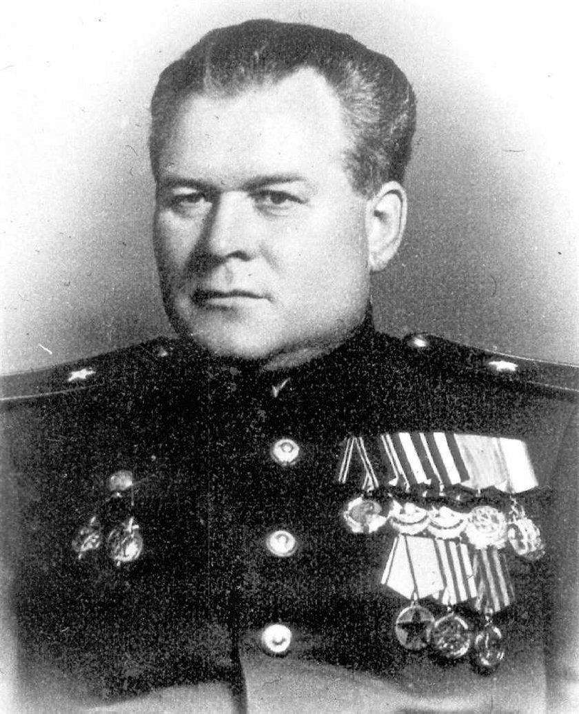 Kat Polaków ma pomnik w Moskwie