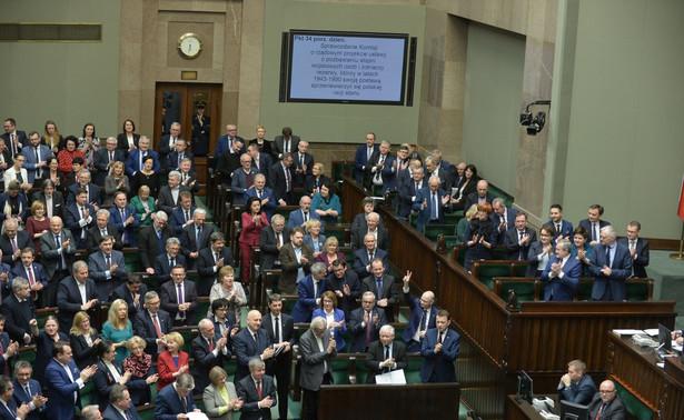 Sejm wybrał w zeszły wtorek 15 sędziów na członków Krajowej Rady Sądownictwa. Dziewięć kandydatur wskazał klub PiS, sześć - klub Kukiz'15. Pozostałe kluby nie skorzystały z prawa wskazania kandydatur.