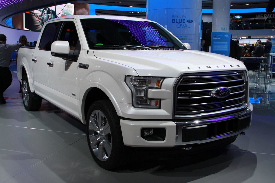 Detroit 2016 - Ford F-150 Limited