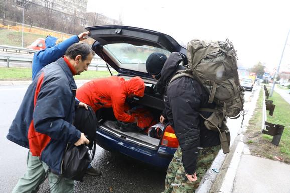 Dobrovoljci krenuli u potragu za Monikom