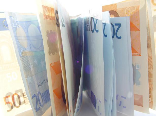 Business Centre Club z zadowoleniem przyjął wypowiedź premiera Donalda Tuska o planie przyjęcia przez Polskę euro w roku 2011.
