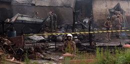 Samolot wojskowy runął na domy. Nie żyje 17 osób