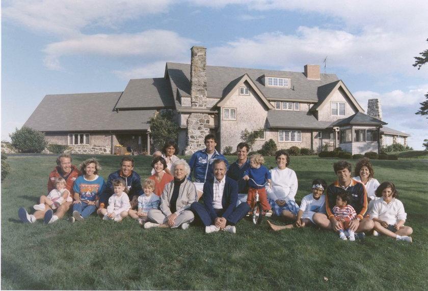 Zdjęcie rodzinne Georga Busha
