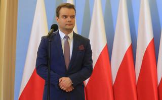 Bochenek: Procedury nie zabraniają przelotu premier wojskową CASĄ