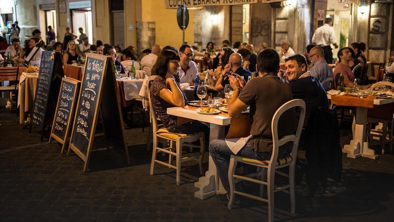 randki lunch singapur darmowe rosyjskie adresy randkowe