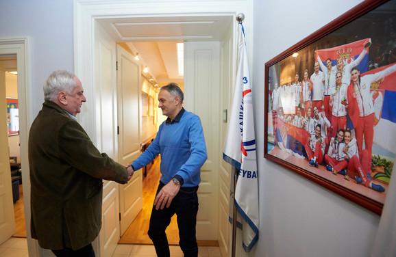 Pozdrav Božidara Maljkovića, predsednika OKS-a, sa prvim čovekom naše odbojke, Zoranom Gajićem