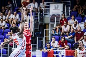 SREBRO SIJA ZLATNIM SJAJEM, BRAVO DEVOJKE Mlade košarkašice Srbije poražene od Španije u finalu Evropskog prvenstva