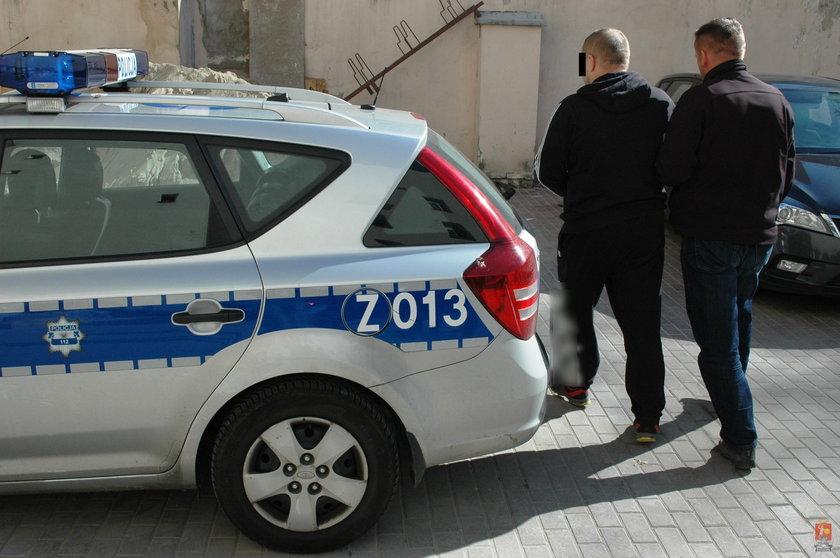 Fałszywy policjant w rękach policji
