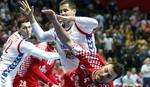 """KAKAV GEST """"ORLOVA"""" Hrvatski rukometaš je ležao povređen, a naši momci su pokazali koliko su veliki"""