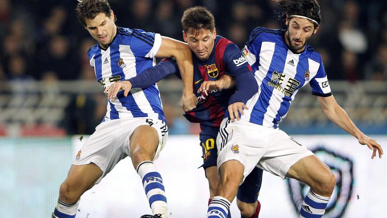 Lionel Messi (w środku)