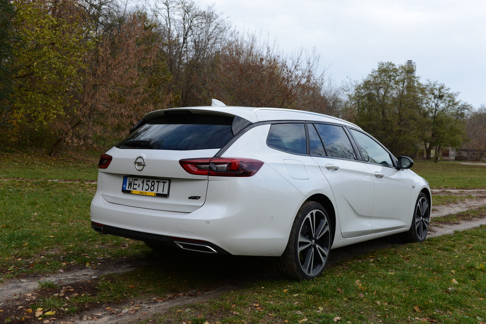 Opel Insignia 2.0d Sports Tourer Exclusive AWD