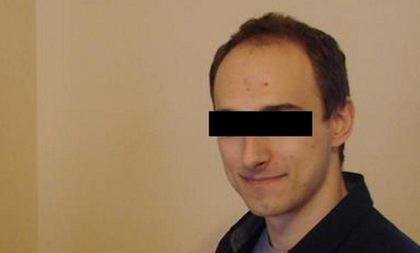 Katecheta-pedofil usłyszy trzy zarzuty. Złapała go babcia