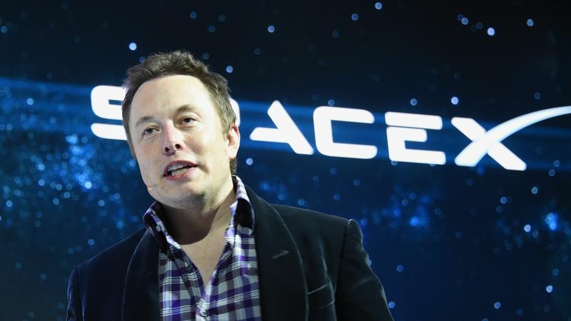SpaceX zapłaci karę za zaniżanie pensji