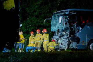 Wypadek w Kleszczowie. Prokuratura zatrzymała kierowcę samochodu osobowego